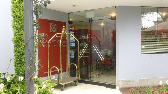 Hotel Runcu Miraflores : Entrada