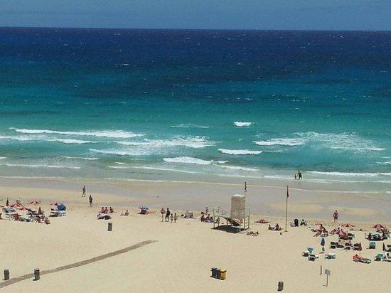 ClubHotel Riu Oliva Beach Resort : Il mare dal balcone della stanza 551 il 6.7.2014 alle ore 14:25