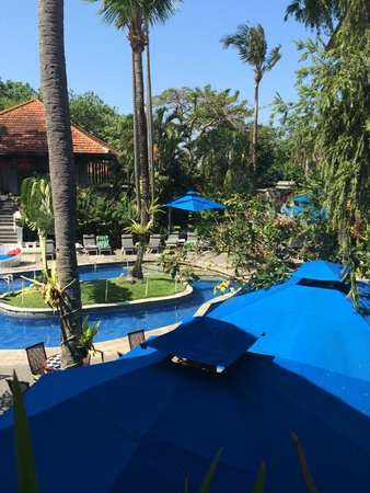 Prime Plaza Suites: relaxing area