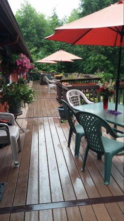 Misty Valley Inn B&B : Balcony