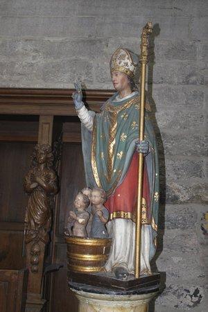 Saint Nicholas Church : Beautiful statues