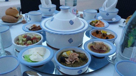 Spaghettis crevettes picture of restaurant dar zarrouk for Sidi bou said restaurant