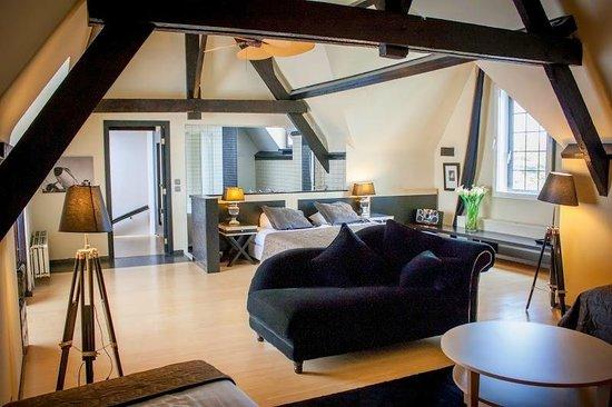 Floris Karos Hotel: Our Royal Suite