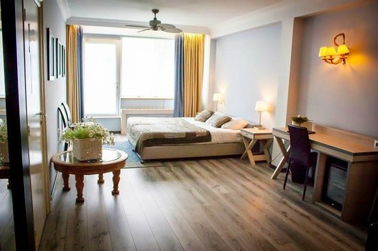 Floris Karos Hotel: Queen Suite