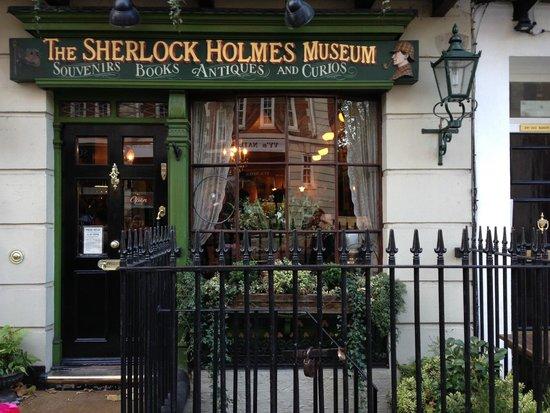 Sherlock Holmes Museum: museum exterior