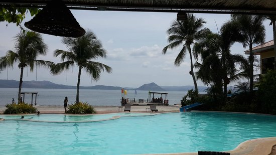 Club Balai Isabel: The pool and the view