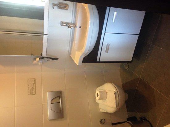 Club Viva Hotel : Bathroom