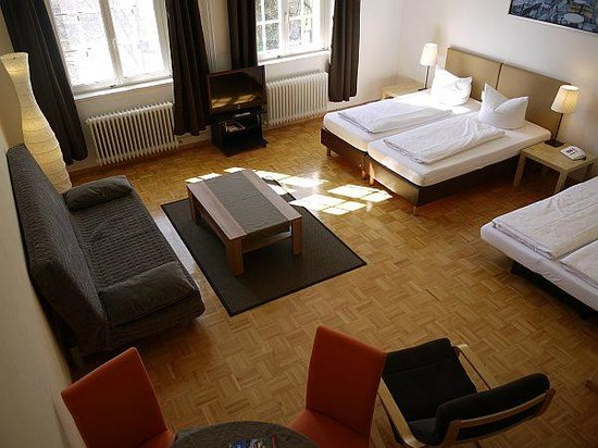 Apartment Hotel Konstanz: Vierbettzimmer