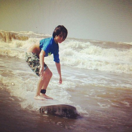 C-Sick Surfin': 8 year old, first time surfing.