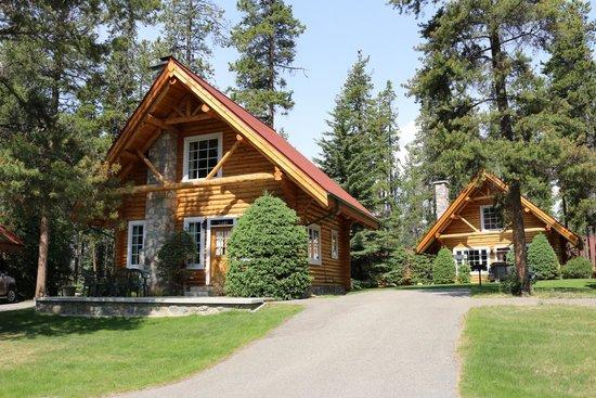Alpine Village Cabin Resort - Jasper: cabin