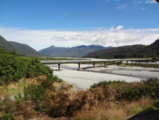 TranzAlpine Train: more bridges