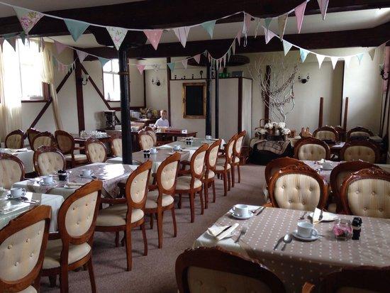 Little Hallingbury Mill: Breakfast room