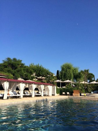 Le Mas de Pierre : The pool