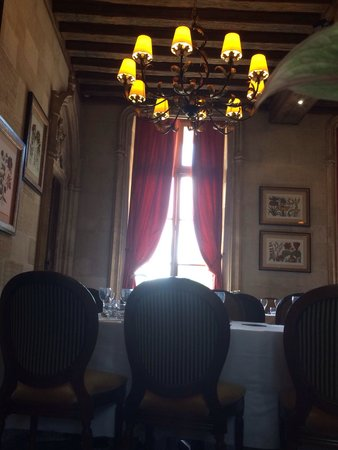 Château d'Augerville : Vu de la salle de restaurant
