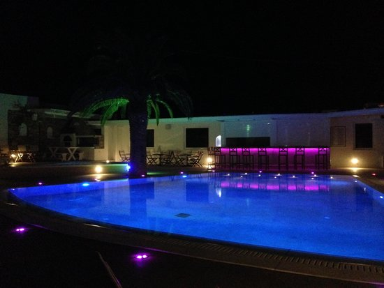 Aegeon Hotel : Pool View at night time