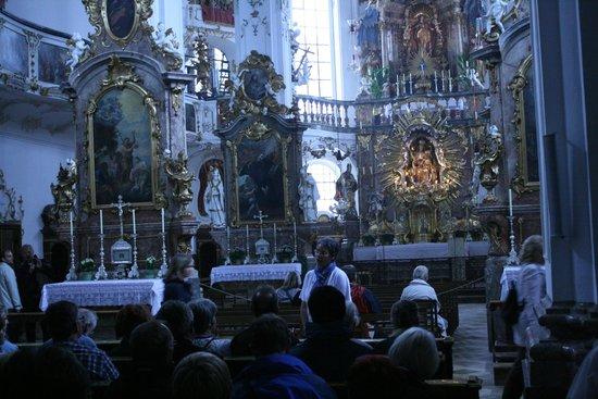 Andechs Monastery: Church altar