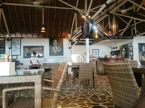 Scallywags Seafood Bar & Grill: Great ambience at Scallywags
