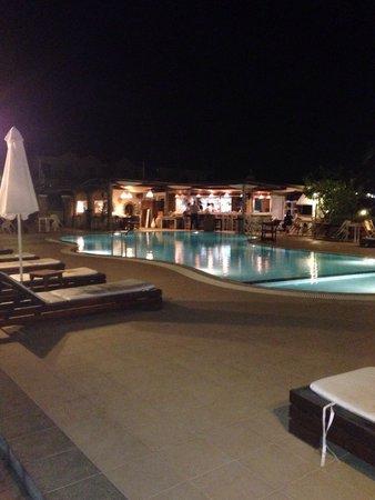Caesar's Gardens Hotel & Spa: Night
