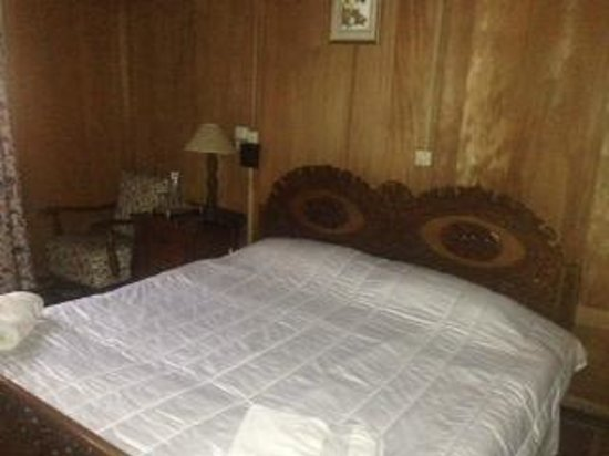 Wangnoo Houseboats : Bedroom