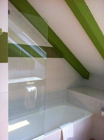 Hotel de l'Isard : Ванная