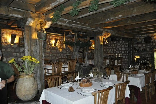 Stari Mlini Restaurant: Côté intérieur...