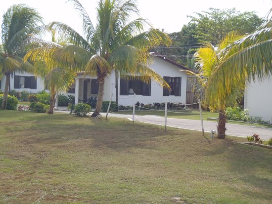 Crystal Waters Villas: one of the homes on the property