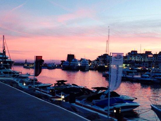 Puerto Banús Marina: The sunset