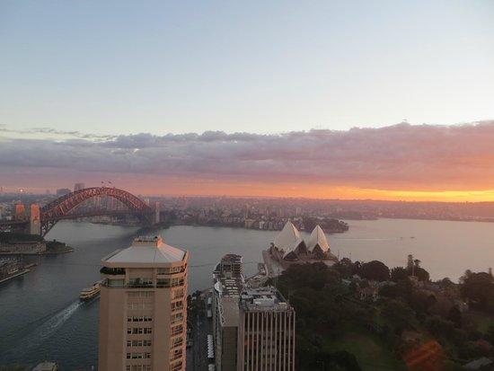 InterContinental Sydney: Sunrise view