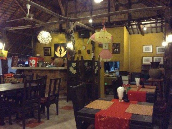Sawasdee Restaurant: 店内