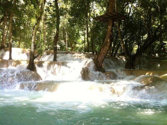 Tad Sae Waterfall : Tad Sae falls