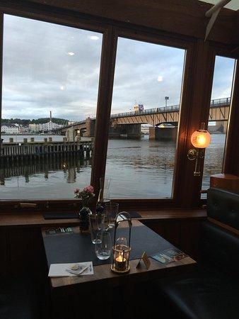 """Restaurant Prinses Juliana.: Udsigten er bedre """"live"""""""