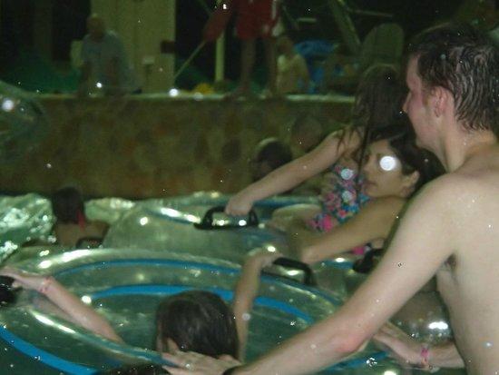 Wyndham Vacation Resorts Glacier Canyon: wave pool