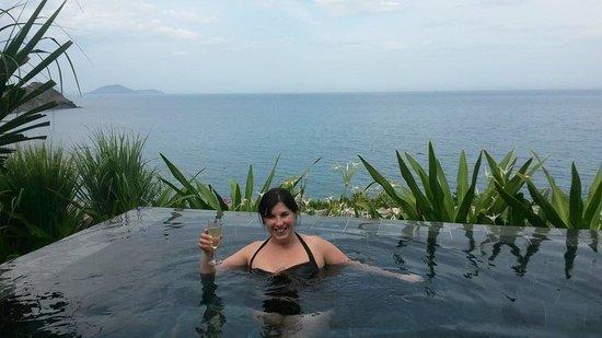 Mia Resort Nha Trang : Our private pool