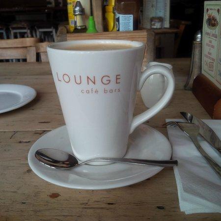 Trago Lounge: De Caf Coffee