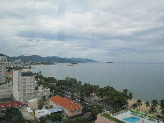 Yasaka Saigon Nha Trang Hotel: The Pacific Ocean from hotel room