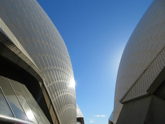Sydney Opera House : Sun on the sails