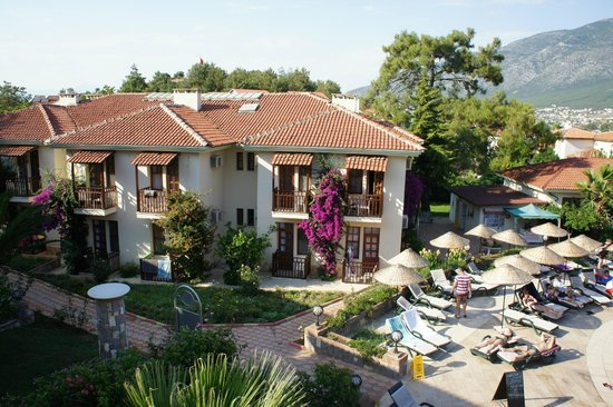 Telmessos Hotel: Вид на отель с балкона