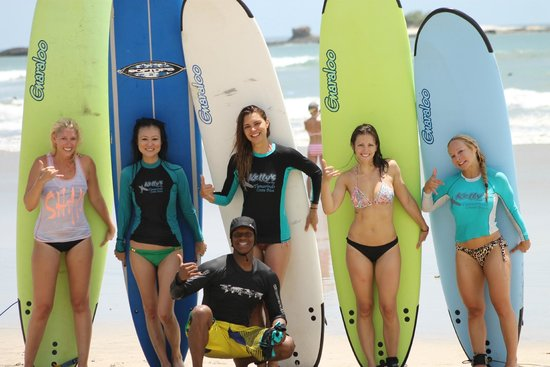 Get Lost In Costa Rica : Surfing Lessons!