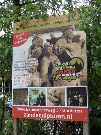 't Veluws Zandsculpturenfestijn : Promotie bord bij entree