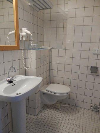 Rho Hotel: hotel rho - stanza nr 306 - bagno