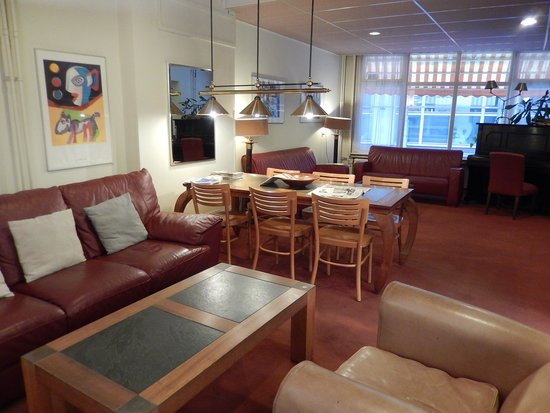 Rho Hotel: hotel rho - saletta in lobby