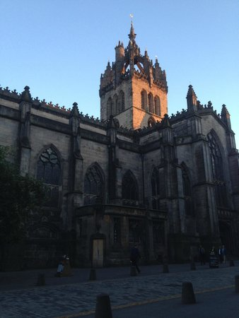 SANDEMANs NEW Edinburgh Tours : St. Giles Cathedral