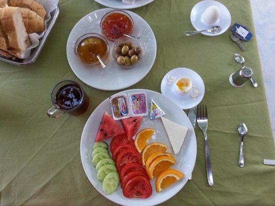 St. Nicholas Pension: Kahvaltı