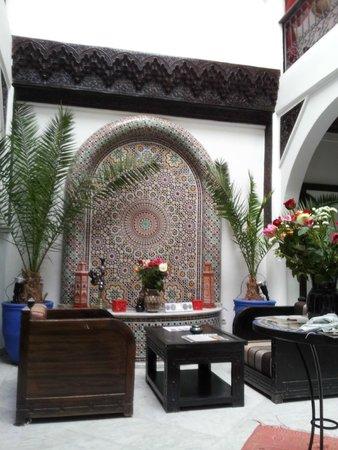 Riad Balkisse : enrance hall (Patio)