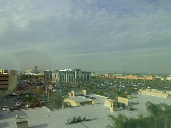Doubletree by Hilton Hotel Los Angeles - Commerce : view from room