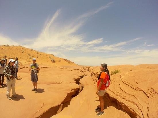 Lower Antelope Canyon : our wonderful guide from Ken's Tour