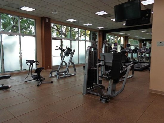 Doubletree by Hilton Hotel Los Angeles - Commerce : exercise room ... nice