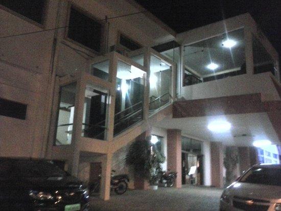 Cazuza Palace Hotel: Fachada