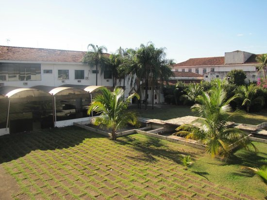 Cazuza Palace Hotel: Patio interno
