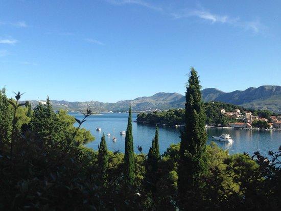 Hotel Croatia Cavtat : Breakfast view from restaurant